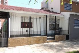 Casa en Villa Gesell zona Centro Comercial