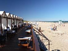 Villa Faraz Tenis Resort: Complejo de Cabañas en Mar de las Pampas.