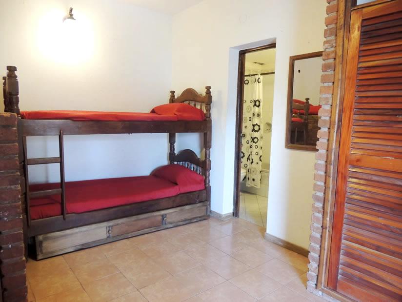 Astoria: Alojamiento para Jovenes en Villa Gesell.