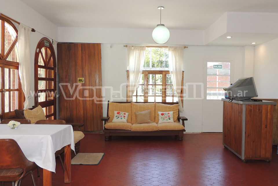Alquilo Hostería Astrid en Villa Gesell.