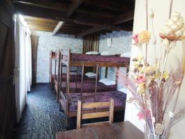 Posada Medieval Avalon: Hospedaje en Villa Gesell.