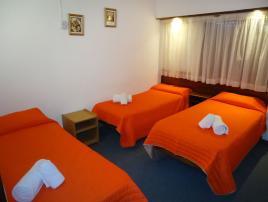 Hotel Deniss: Hotel en Villa Gesell.