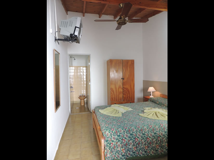 Jabali: Hostería en Villa Gesell.
