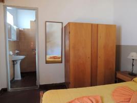 Jabali: Alojamiento para Jovenes en Villa Gesell.