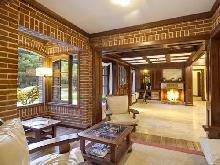 La Mansión del Bosque: Hotel en Mar de las Pampas.