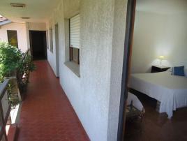 Onozu: Hostería en Villa Gesell.