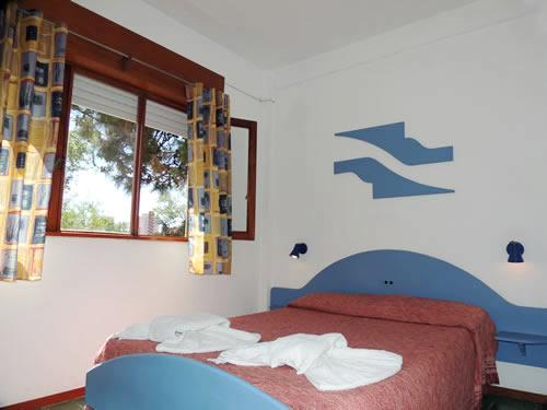 Pourally: Hotel en Villa Gesell.