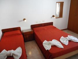 Reviens: Hotel en Villa Gesell.
