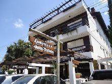 Santa Barbara: Hotel en Villa Gesell.