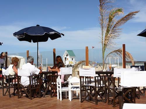 Marli - Resto - Club de Mar: Parador y Balnerio en Villa Gesell zona Sur.