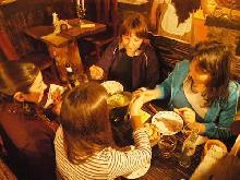 El Viejo Hobbit: Pub-Bar - Restaurant - Rincones Típicos & Gourmet en Villa Gesell, zona Centro.