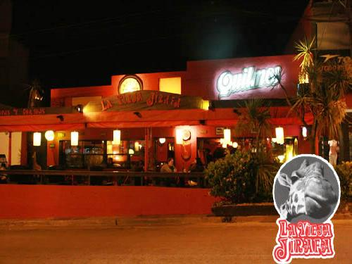 La Vieja Jirafa: resto-bar en Villa Gesell.