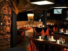 Sutton 212: Pub-Bar - Restaurant - Resto Bar - Sushi en Villa Gesell, zona Centro Comercial.