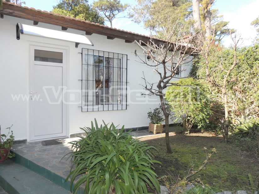 Alquilo Departamento Bartolo en Villa Gesell zona Centro.