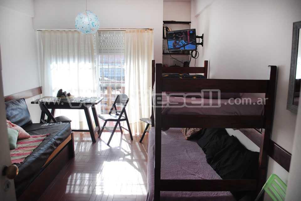 Alquilo Departamento Depto Sofy en Villa Gesell zona Centro Comercial.