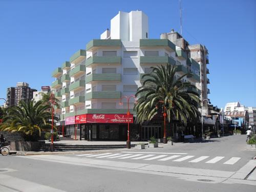 Departamento Edificio Bravamar en Villa Gesell zona Centro Comercial