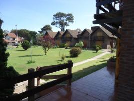 Complejo FEDERICO B: Casa en Villa Gesell