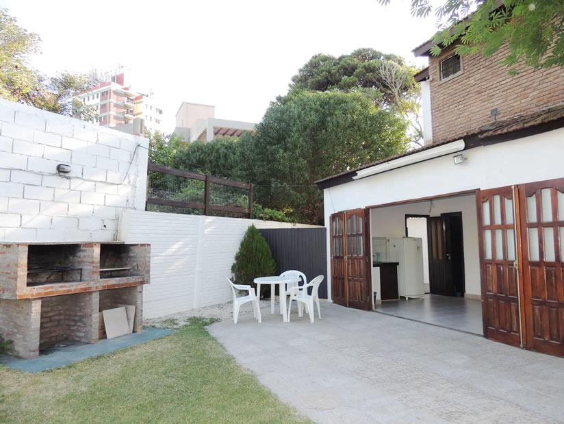 Feguem: Departamento en Villa Gesell zona Barrio Norte.