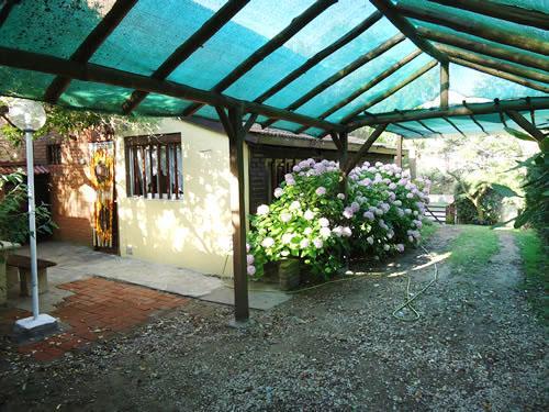 Alquilo Casa Los Alamos en Villa Gesell zona Sur.