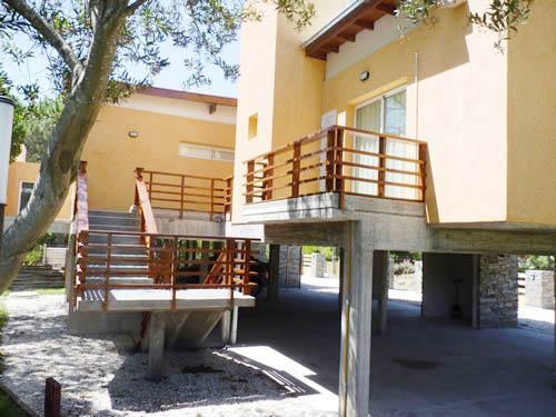 Pilares del Norte 2 ambientes: Departamento en Villa Gesell zona Barrio Norte.