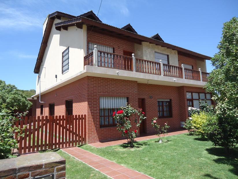 Rodomar: Casa en Villa Gesell zona Centro.