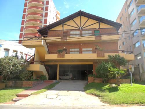 Departamento Alfio I depto 7 en Villa Gesell zona Centro Comercial