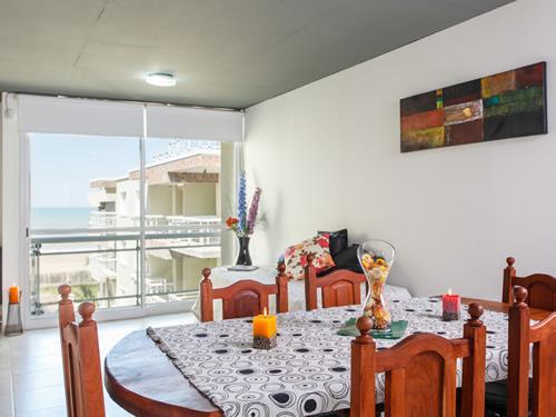 Alquilo Departamento Playa 111 3 Amb en Villa Gesell zona Centro Comercial.
