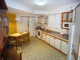 Arisol: Casa en Villa Gesell