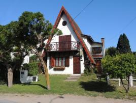 Borrelli: Casa en Villa Gesell