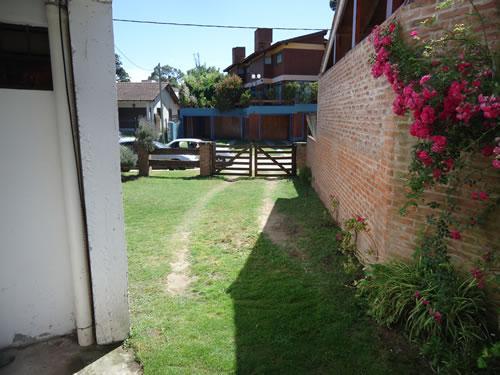 Estefania: Casa en Villa Gesell zona Centro.