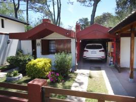 Casita Blanca: Casa en Villa Gesell