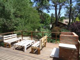 Casita en el Arbol: Casa en Villa Gesell zona Barrio Norte.