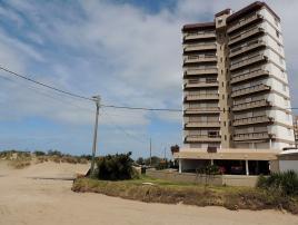 Coronado IV 8C: Departamento en Villa Gesell