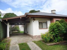 Cuatro Estaciones Casa: Casa en Villa Gesell