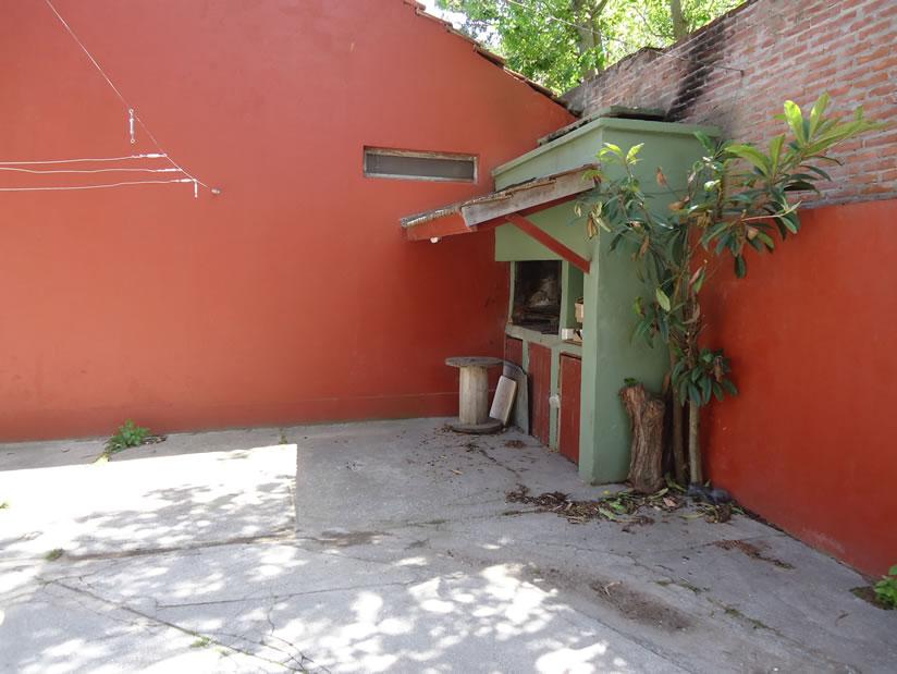 Daniela 2: Departamento en Villa Gesell zona Sur.