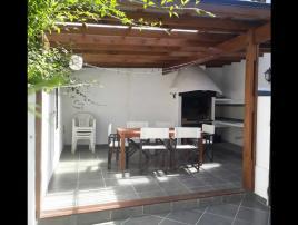 La Cautiva: Casa en Villa Gesell zona Sur.