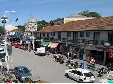 Deptos Peatonal 107: Departamento en Villa Gesell zona Centro Comercial.