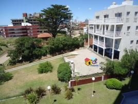 Edif. Paramar: Departamento en Villa Gesell zona Centro.