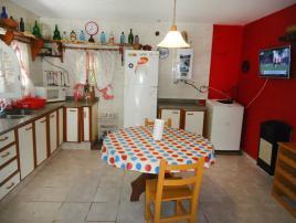 Alquilo Casa El Castillito en Villa Gesell zona Centro.