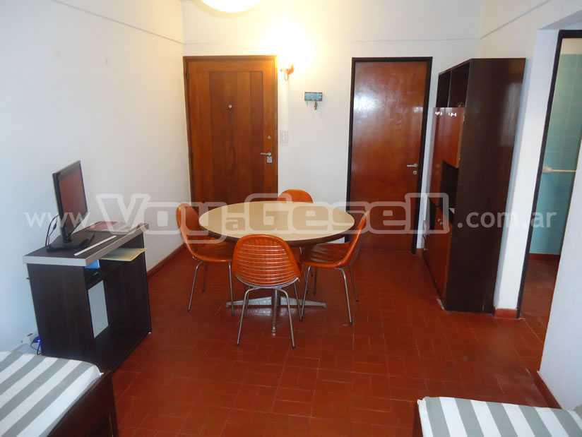 El Dorado 2D: Departamento en Villa Gesell zona Barrio Norte.