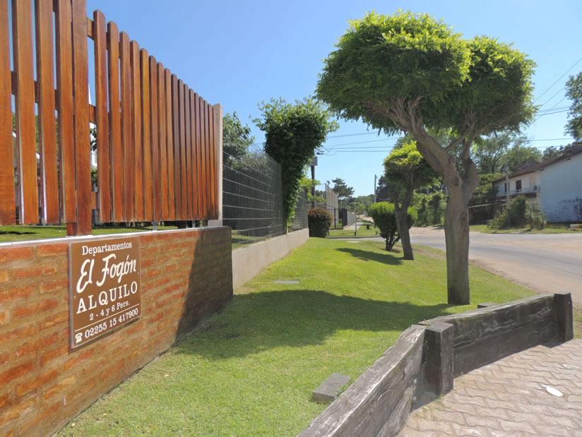 El Fogon 2: Departamento en Villa Gesell zona Sur.