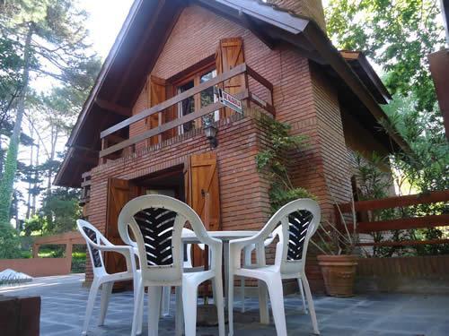 Duplex El Roble en Villa Gesell zona Barrio Norte