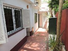 Escorpio: Departamento en Villa Gesell zona Centro Comercial.