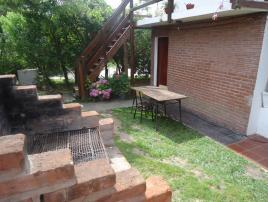 Estefania 3: Casa en Villa Gesell zona Centro.