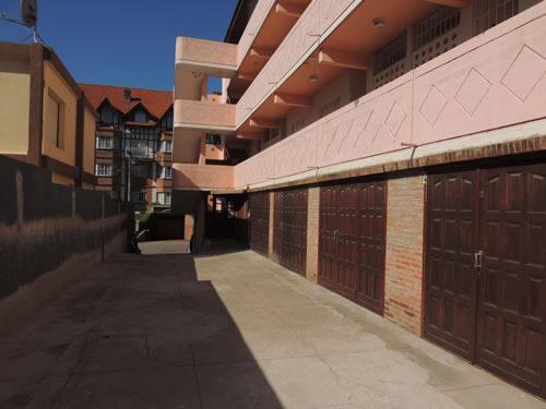 Alquilo Departamento Hola Ola en Villa Gesell zona Centro Comercial.