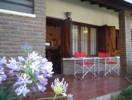 Alquilo Casa Inti-Huasi en Villa Gesell zona Barrio Norte.