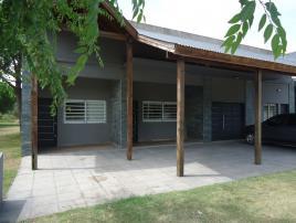 Jardin de Luz 2: Departamento en Villa Gesell