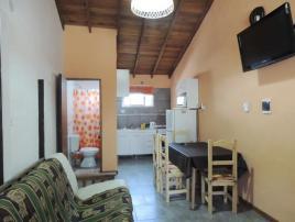 Alquilo Departamento Kuyen depto en Villa Gesell zona Centro Comercial.