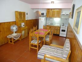 La Sirena 6: Departamento en Villa Gesell zona Centro.
