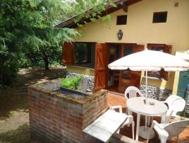 Los Abetos: Casa en Villa Gesell